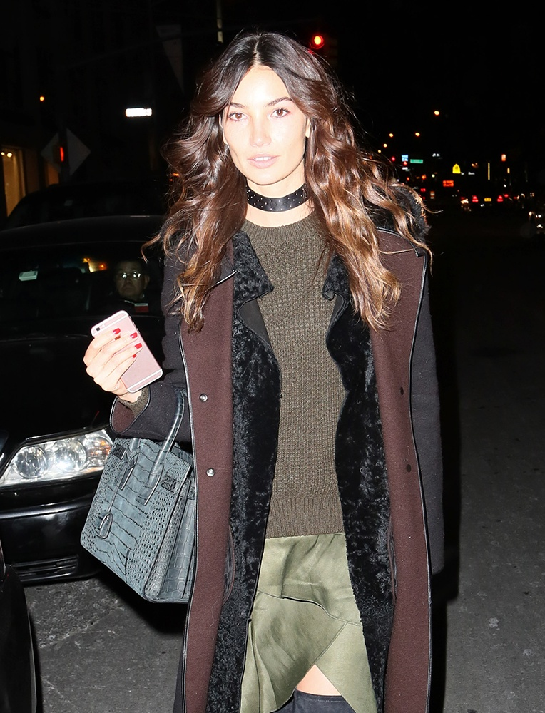 Lily-Aldridge-Saint-Laurent-Sac-de-Jour-Tote