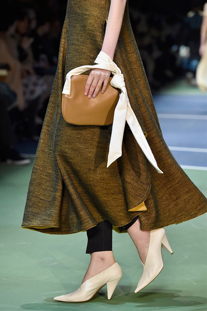 celine-fall-2016-bags-shoes_00-1