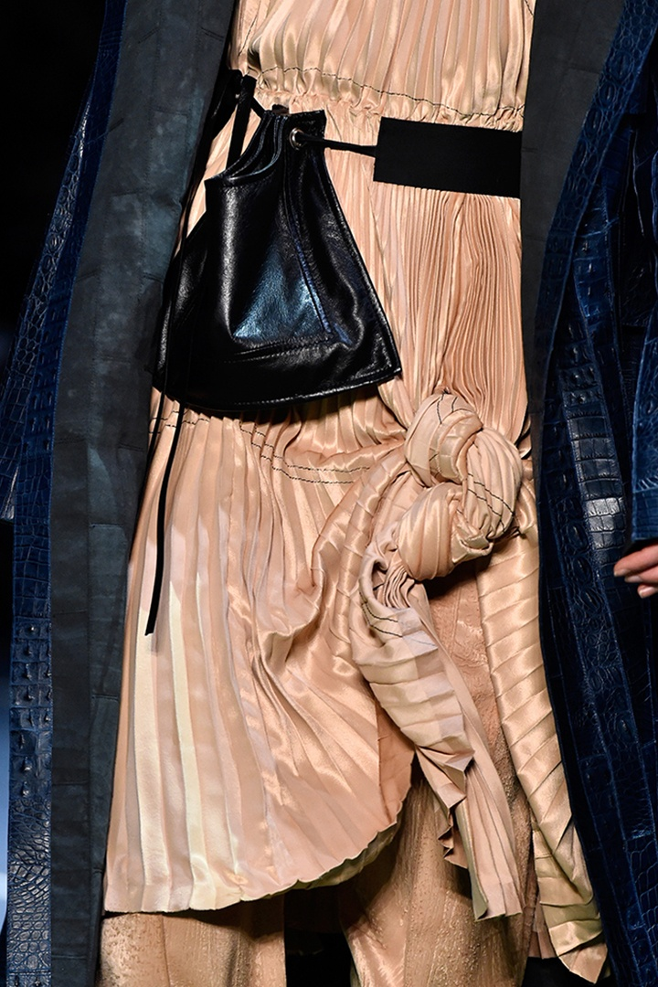 celine-fall-2016-bags-shoes_05-1