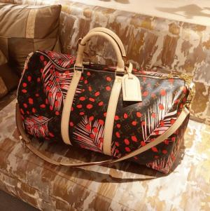 Louis-Vuitton-Palm-Sugar-PinCoquelicot-Monogram-Palm-Dots-Keepall-Bandouliere-Bag-300x301