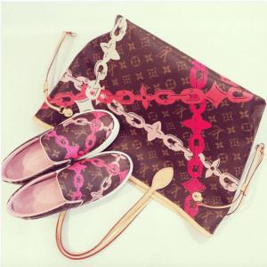 Louis-Vuitton-PoppyRose-Ballerine-Monogram-Bay-Neverfull-MM-Bag-and-Slip-On-Sneakers-300x300