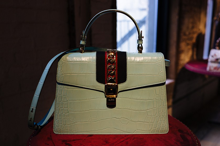 your-first-look-at-guccis-fall-winter-2016-accessories-5