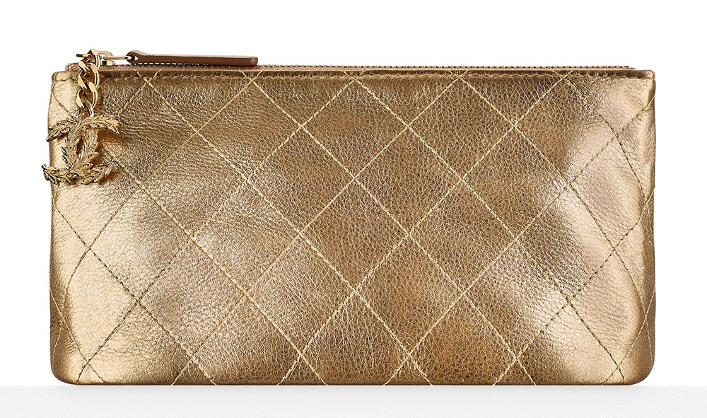 Chanel-Metallic-Pouch-675